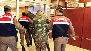 Yunan askerler AB gündeminden düşmüyor
