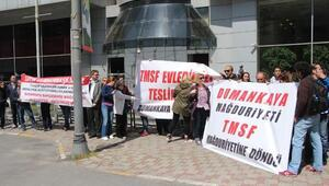 TMSF binası önünde eylem