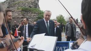 Cumhurbaşkanı Erdoğan 'Osmanpaşa Türküsünü söyledi
