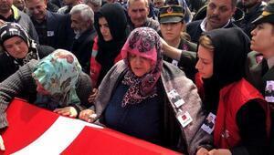 Şehit Uzman Çavuş, Karasuda gözyaşlarıyla uğurlandı