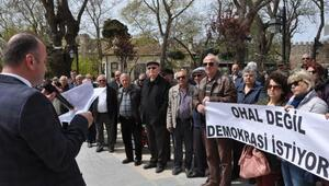Sinopta CHPliler oturma eylemi yaptı