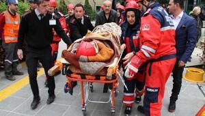 Esenler'de deprem tatbikatı ile gençlere afet bilinci