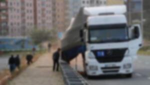 Ankarada TIR dehşeti Önüne gelene çarptı: Öksürdükten sonra gözüm karardı