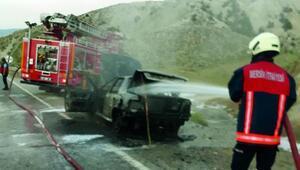 Otomobil yandı