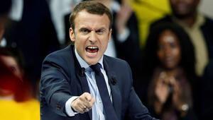 Belçikalı vekilin hediye halatı, Macronu çok kızdırdı