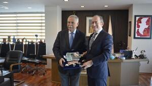 CHPli Hamzaçebi, Başkan Gökhanı ziyaret etti