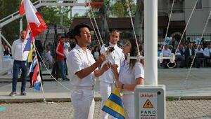Denizcilik öğrencileri, diplomalarını gölden aldı