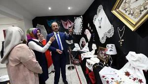 2018 yılın ilk el işi sergisi, Lalahan Aile Merkezi'nde açıldı