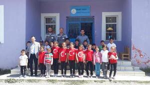 ÇEDAŞtan köy okullarına 23 Nisan enerjisi