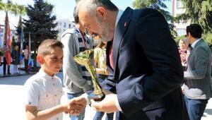 Çiftlikköy'de 23 Nisan coşkuyla kutlandı