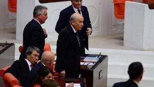 Konuşma sırası İYİ Parti'ye gelince Bahçeli Meclis'ten ayrıldı