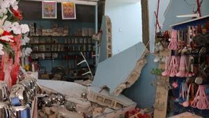 Samsatta 5.1lik deprem; bazı evlerde hasar oluştu, 39 kişi yaralandı (3)
