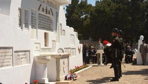 Çanakkale Kara Savaşları'nın 103'üncü yıl dönümünde anma töreni düzenlendi (2)