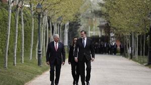 Başbakan Binali Yıldırımdan İspanyada önemli açıklamalar