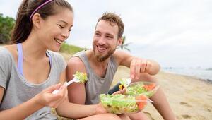 Veganlar için tatilde hayatta kalma rehberi