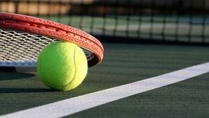 Caroline Wozniacki 1. turu rahat geçi