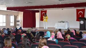 Kumlu'da aile içi iletişim semineri verildi