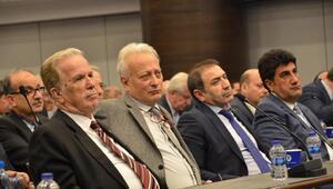 Başkan Özgener ilk mecliste değişimi başlattı