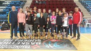 Şamiloğluspor kulübü sporcularından büyük başarı