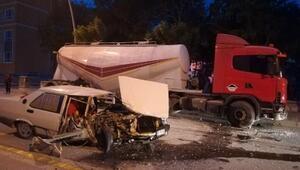 Otomobil, park halindeki tankere çarptı: 1 ağır yaralı
