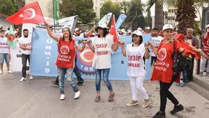 İzmirde coşkulu 1 Mayıs kutlaması