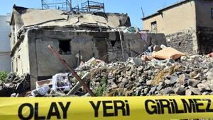Cizredeki tüp patlamasında ölen ev sahibi toprağa verildi