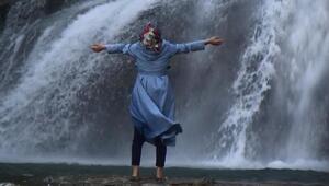 Tortum Şelalesi'ne ziyaretçi akını