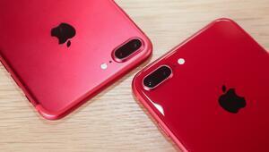 Kırmızı renkli iPhone 8 ve iPhone 8 Plus satışta