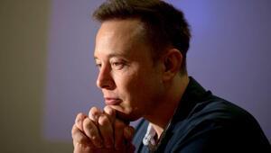 Elon Muskın şirketi Tesladan 710 milyon dolarlık rekor zarar