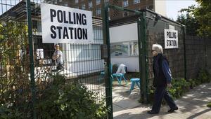 İngilizler yerel seçim için bugün sandığa gidiyor