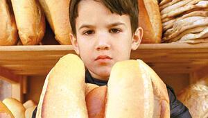 Çocuklar her gün neredeyse 1 ekmek tüketiyor