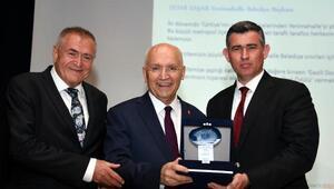Başkan Yaşar'a Gazi Üniversitesi'nden ödül