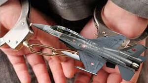 F-16 pilotları ankesörden çıktı