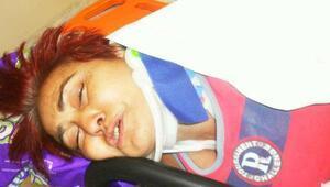 Engelli kadın, dövülüp, tekerlekli sandalyesinden atıldığını ileri sürdü