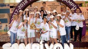 Kırçiçeği Bodrum Basketbol kupasına kavuştu