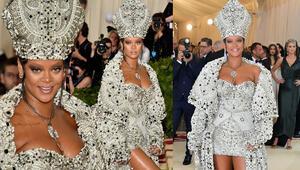 Rihanna moda ikonu mu, yoksa tarzıyla Bülent Ersoy mu