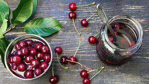 Meyvelerin Gücü Adına: 3 Çeşit Meyveli Komposto