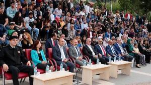 Amasya Üniversitesi öğrencilerinden 2'inci sokak lezzetleri şöleni