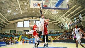 Selçuk Belediyesi Basketbol takımı, yarı finale yükselmeyi hedefliyor