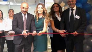 Hollandanın ilk 10 entgre diş tedavi merkezinden biri çift diplomalı Türk diş hekiminin
