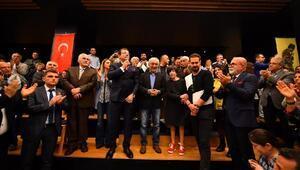 Şener Şen ve Ayşen Gruda isimleri sinema salonuna verildi
