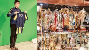 Fenerbahçe'ye transfer ol oyuncusu gibi sahaya çık