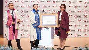 Gedik Üniversitesi'nden Ziya Yılmaz'a fahri doktora