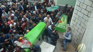 Kazada ölen anne, baba ve 1 yaşındaki kızları toprağa verildi