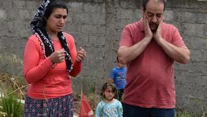 Tecavüz iftirası kurbanının mezarında, Anneler Günü acısı