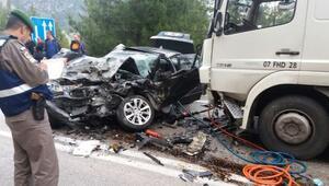 Yağış kazaya neden oldu... Tankerle çarpışan otomobil sürücüsü öldü