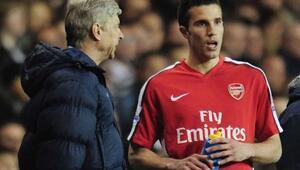 Robin van Persie: Wenger benim futboldaki babamdı
