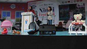 Bakan Kayanın da katıldığıNinni Festivalinde duyguluanlar yaşandı