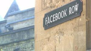 Facebook Sokağı, Snapchat Çıkmazı, Selfie Pasajı...