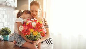 Annenizle paylaşabileceğiniz 16 güzel söz